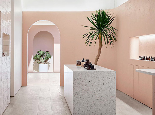 Бутик Standard Dose: розовые стены и каннабидиол