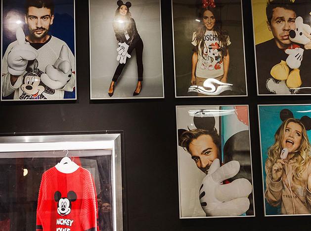 Микки Маус на выставке в Москве