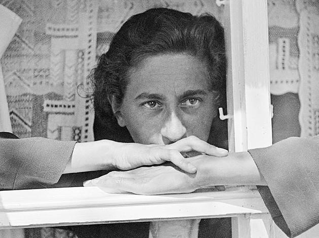 Анни Альберс — между текстилем и абстракцией