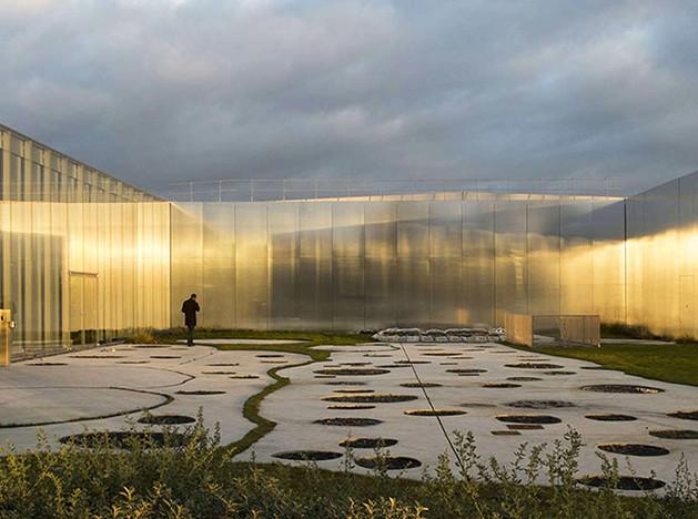 Зеркала и отражения: выставка в филиале Лувра