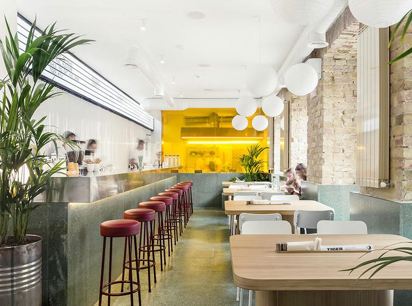 Ресторан Tiger по проекту архитектурной студии SHOVK