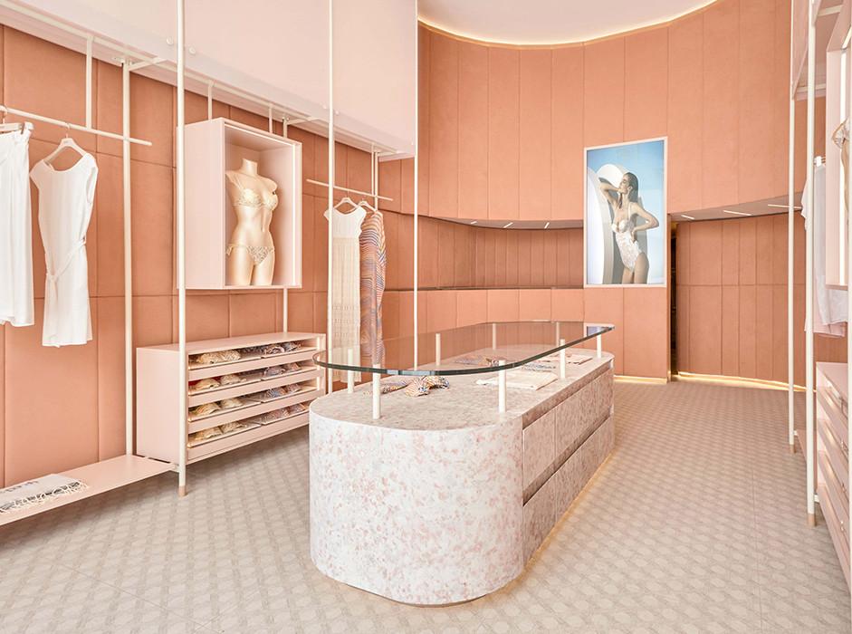 Foro Studio: розовый бархат в бутиках Parah