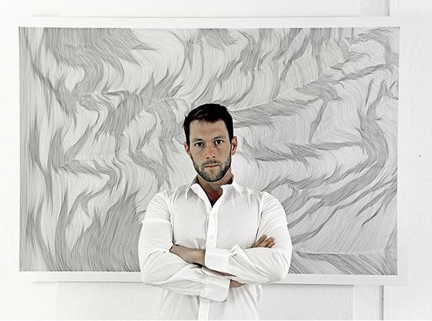 Джон Франзен на выставке в Москве