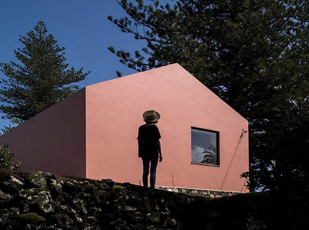 Pink House: гостиница на месте старой конюшни
