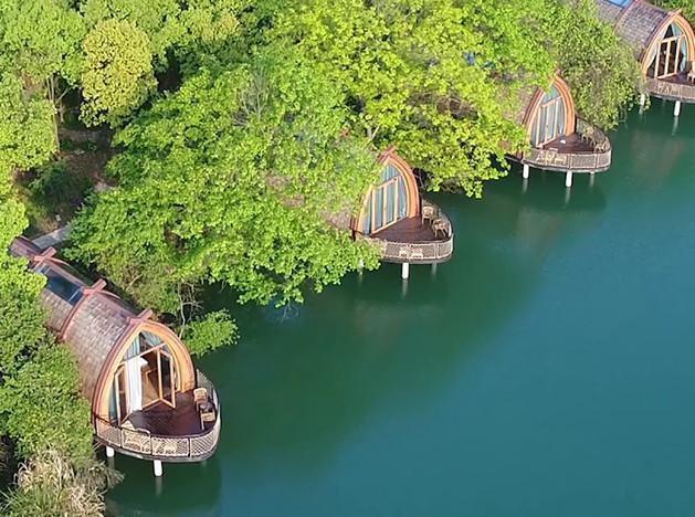 Дома-лодки: отель на китайской реке