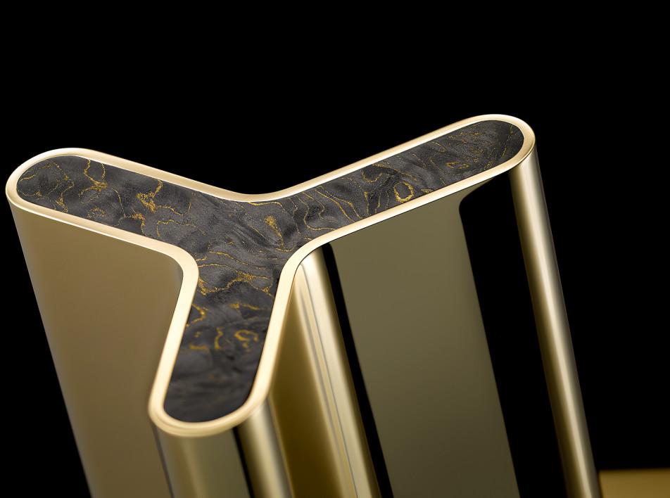 THG Paris: углерод и титан для ванной комнаты