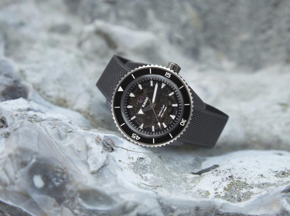 Время и керамика: часы Rado