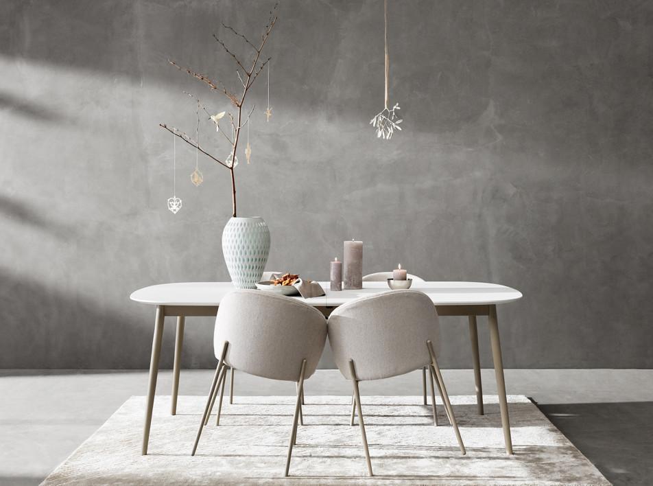 Датский дизайн: обеденный стол и стулья Мортена Георгсена