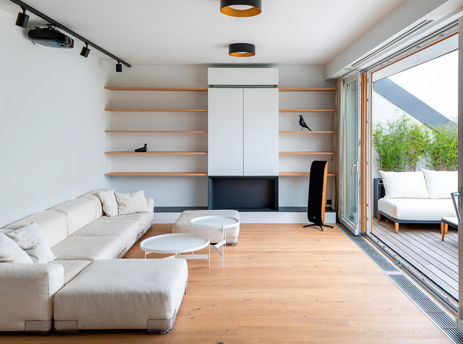 Komon Architects: мансардная квартира в Праге