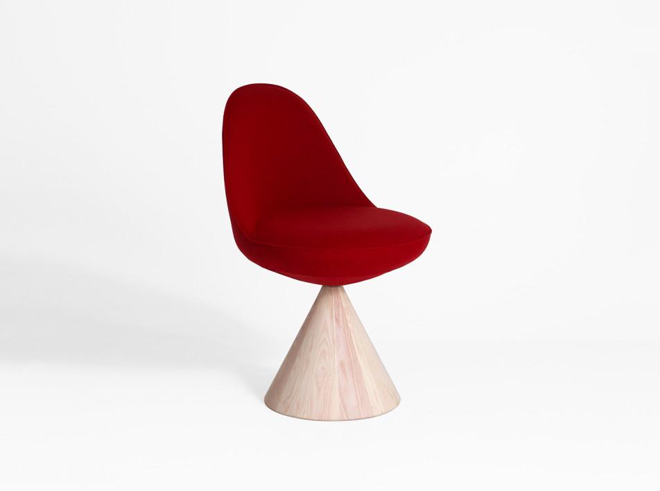 Тренды 2020/2021: стул-ромб для дома и офиса от GamFratesi