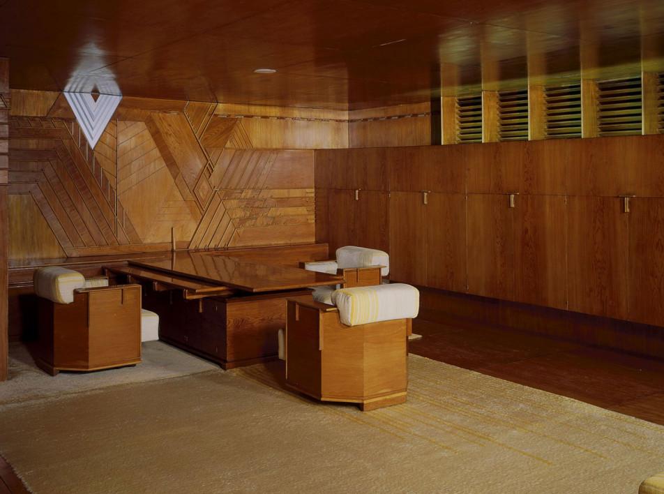 Редкий кабинет Фрэнка Ллойда Райта готовят к новой выставке