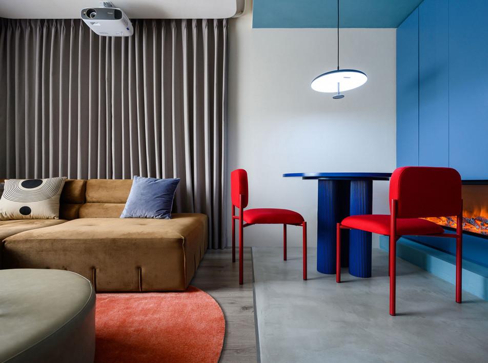 8877 Interiors: цветная квартира в Шанхае