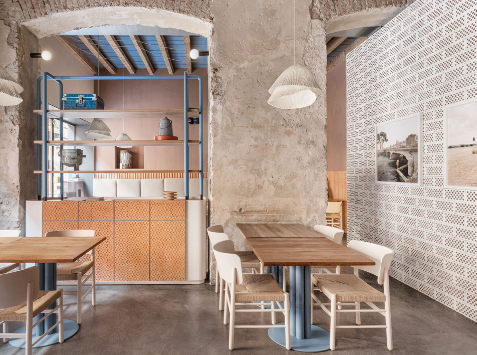 Кристина Челестино обновила миланское кафе 28 Posti