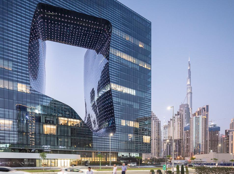 Единственный в мире отель, полностью спроектированный Захой Хадид