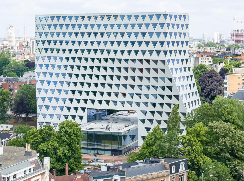 Башня по проекту XDGA в Антверпене