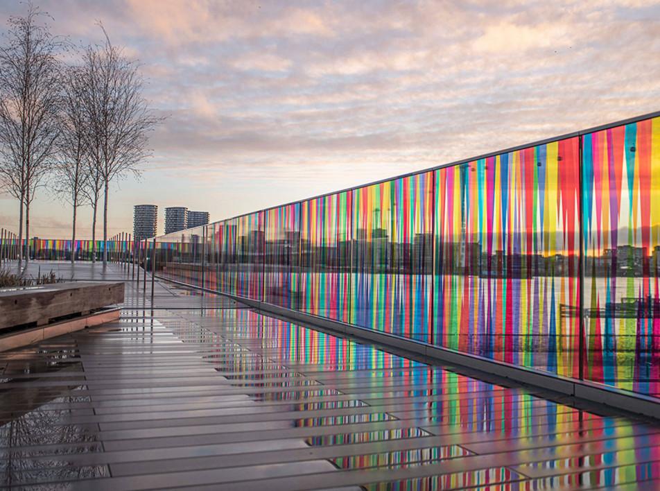 Лиз Уэст: цветная инсталляция в лондонском парке