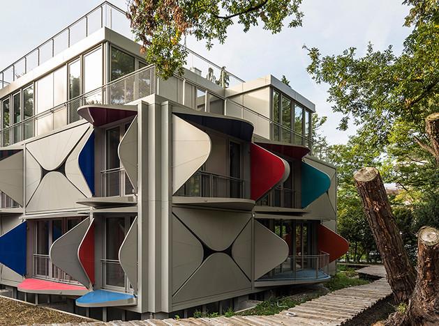 Manuel Herz Architects: дом с кинетическим фасадом