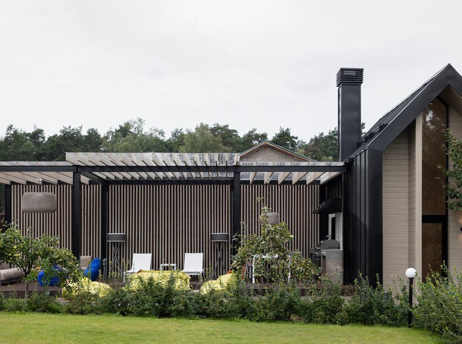 Micro-living: летний дом и терраса для отдыха по проекту ANCconcept