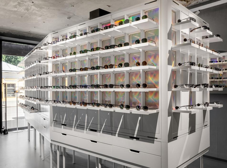 Концептуальный магазин оптики по проекту бюро Auroreº