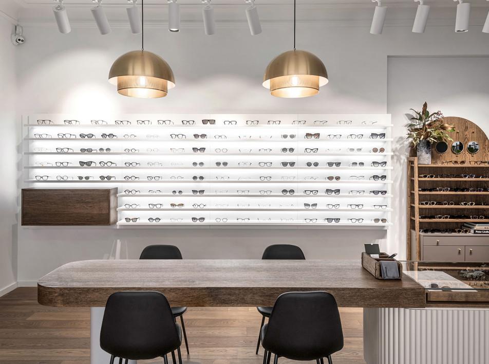 INT2Architecture: магазин оптики в Литве