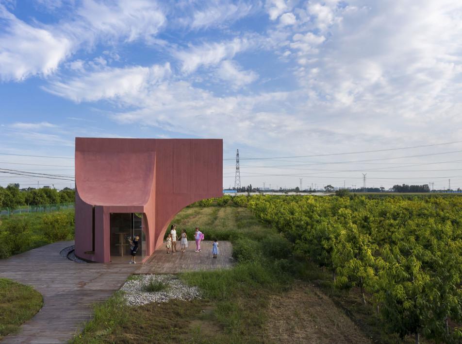 Павильон в сельской местности по проекту Atelier XI