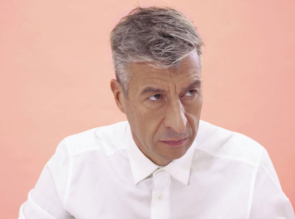 Маурицио Каттелан: золотой унитаз и откусанное мыло