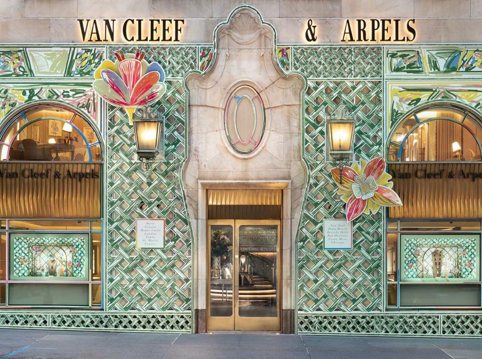 Александр Бенжамен Наве: обновленный облик бутиков Van Cleef & Arpels