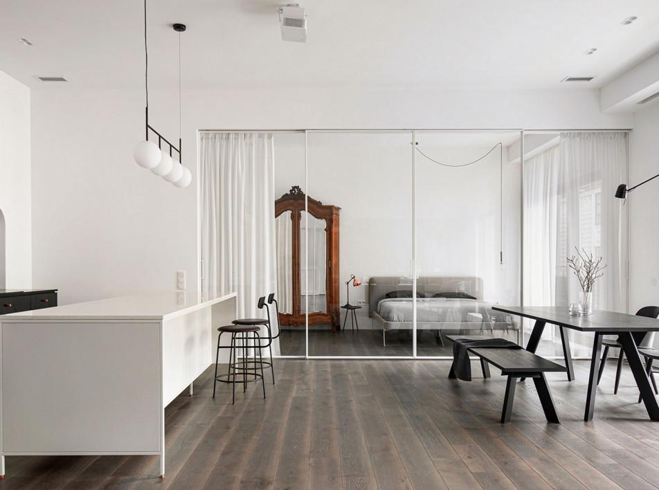 INT2architecture: объединение двух квартир в Петербурге