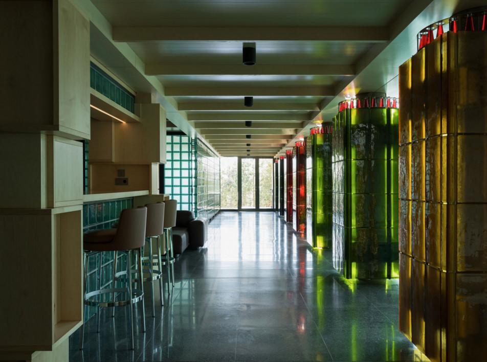 Nefa Architects: отель Non-Standard в Подмосковье