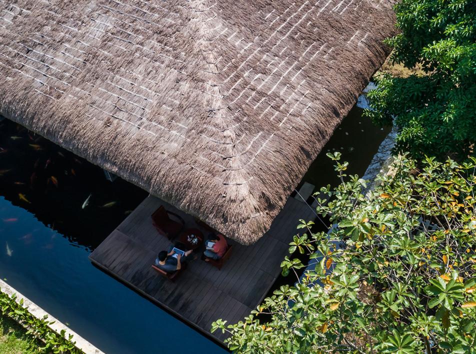 AM House: дом c соломенной крышей во Вьетнаме