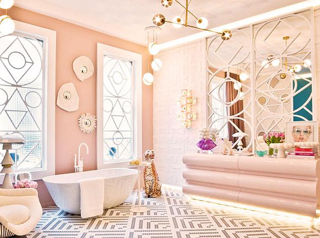 Мириам Алиа Матео: ванная как гостиная