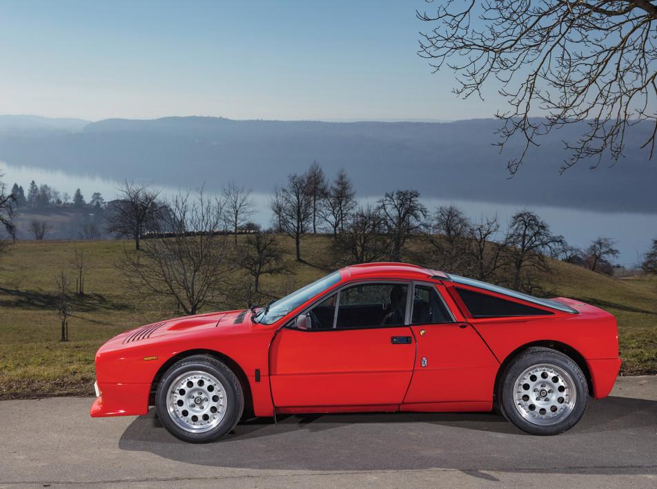 Прототип раллийного автомобиля Lancia 037 продадут с аукциона