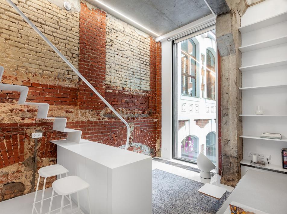 Room Design Büro: квартира 27 кв. метров с антресолью