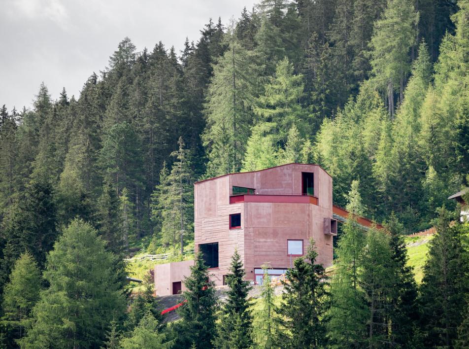 Даниэла Крёсс и Райнер Кёберл: музей альпийских горных козлов в Австрии