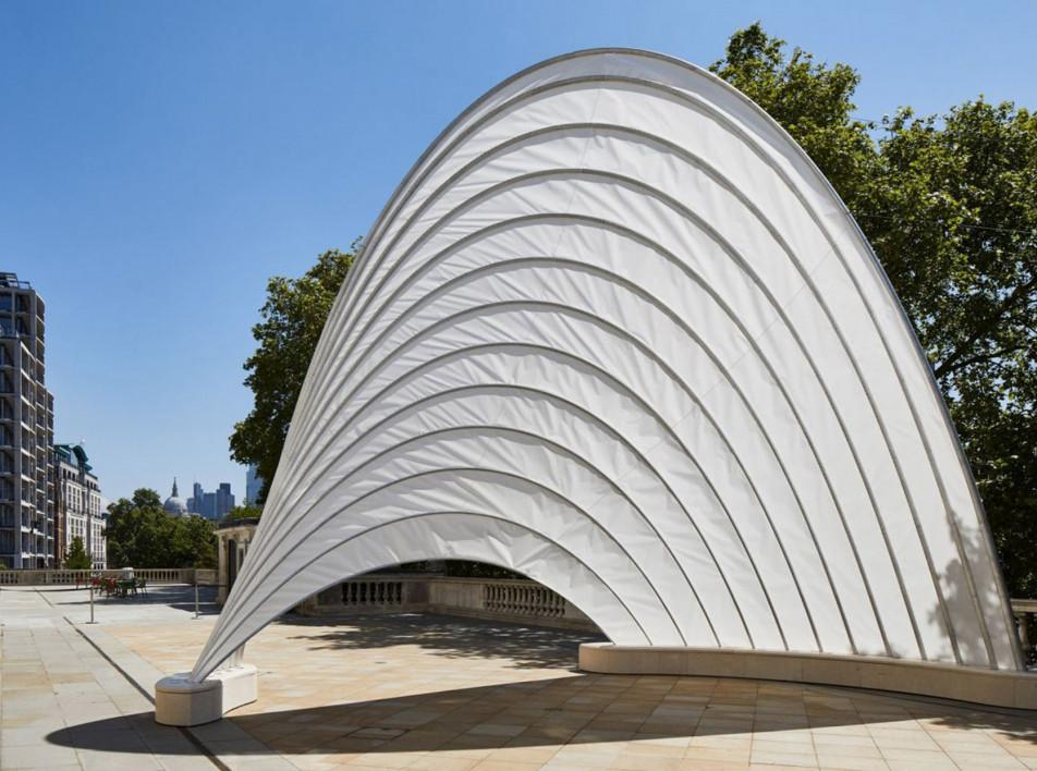 Лондонская биеннале дизайна 2021: павильон-парус Ини Арчибонга