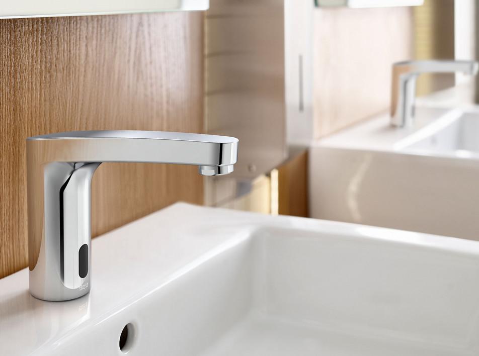 Roca: новые бесконтактные технологии для ванной