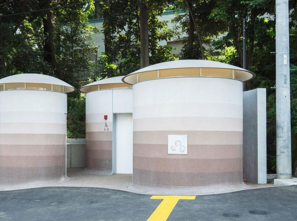 Общественный туалет в Токио по проекту Тойо Ито