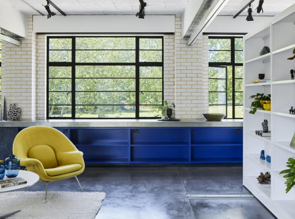 BDLA Architects: апартаменты в бывшем автосервисе